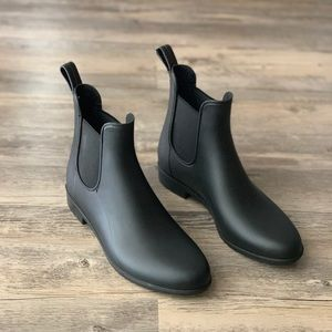 ab96586d4fba5 Sam Edelman Tinsley Rubber Chelsea Short Rain Boot